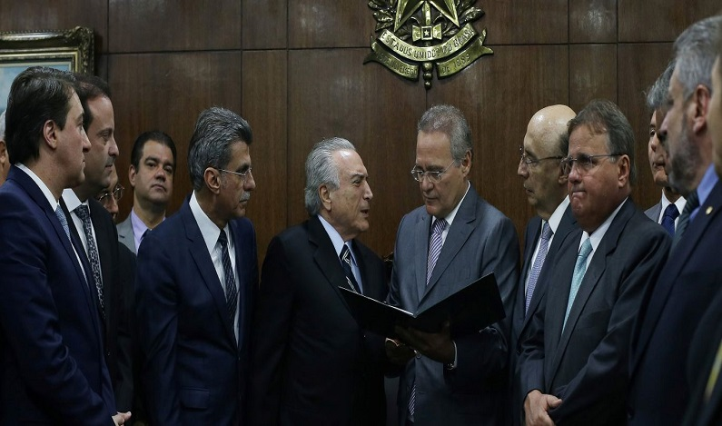 Governo anuncia fim da desoneração da folha para quase todos os setores