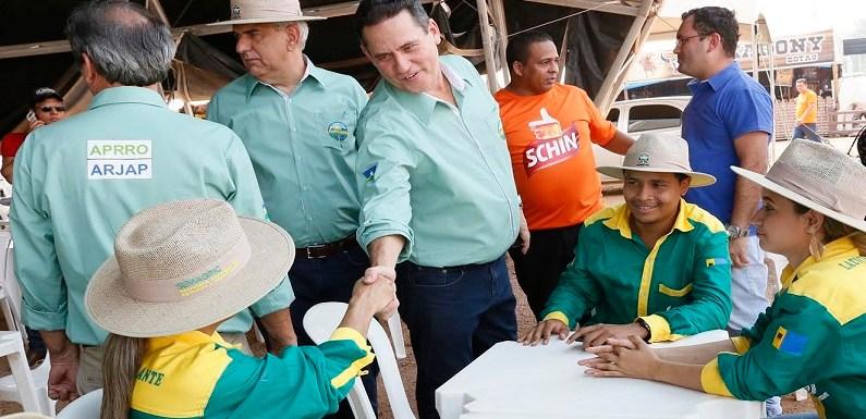 Na Portoagro, Maurão destaca serviços oferecidos no estande da Assembleia