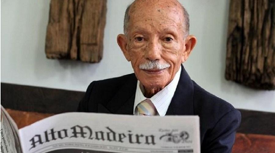 Aos 95 anos, jornalista que viu Cristo Redentor ser iluminado, é homenageado em livro