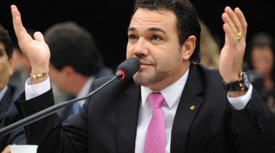 Marcos Feliciano é acusado de violência sexual por jovem de 22 anos
