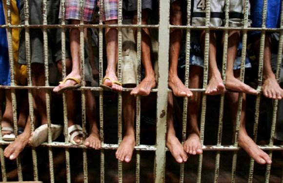 Polícia pede prisão preventiva de 40 advogados suspeitos de elo com PCC