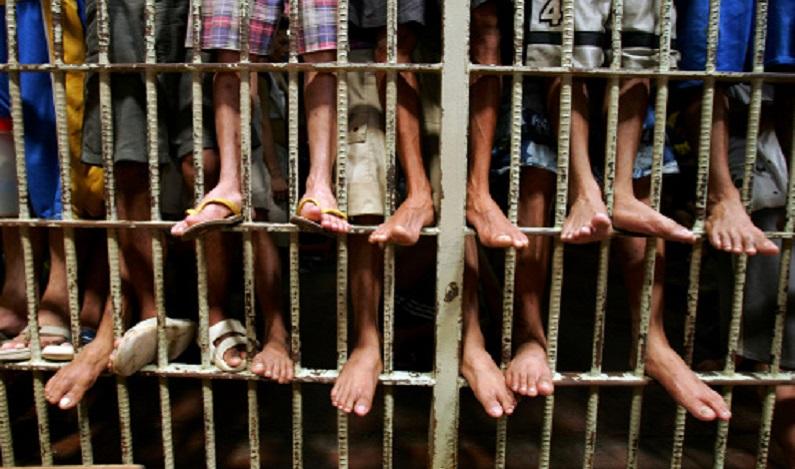 42,7% dos presos no estado do Rio de Janeiro são provisórios, diz ONG