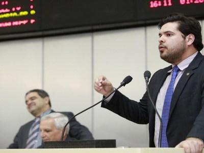 Jean Oliveira requer sessão solene em homenagem a equipe de vôlei masculino