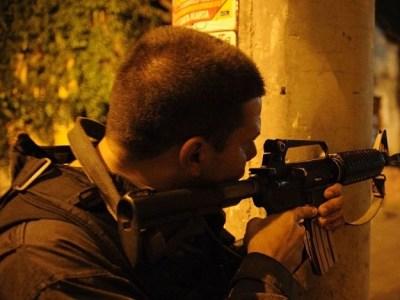 Polícia matou 9 pessoas por dia no Brasil em 2015, diz estudo