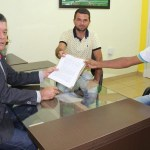 Deputado Edson Martins destina 130 mil reais para aquisição de trator para agricultores de Monte Negro
