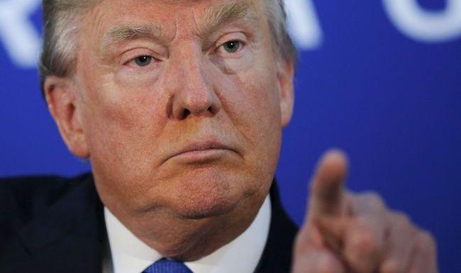 """Trump pedirá ao Congresso para """"acabar imediatamente"""" com loteria de vistos"""