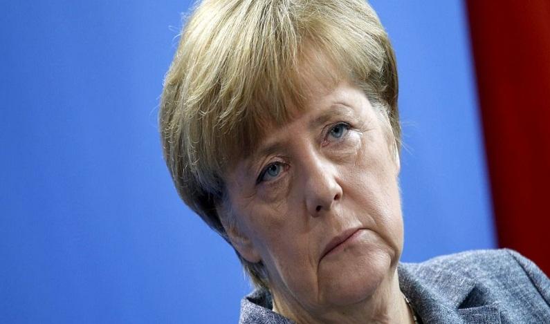 Pesquisa diz que 46% dos alemães querem renúncia de Merkel