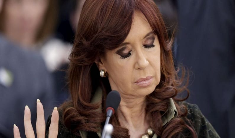 Cristina Kirchner é indiciada por corrupção