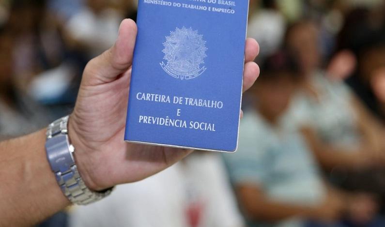 No Brasil, 12,3 milhões estão desempregados diz IBGE