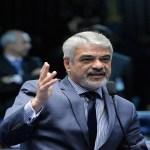 Humberto Costa elogia discurso de Jader, mas pede eleição para presidente da República