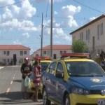 Inconformadas, famílias invadem residencial do Minha Casa, Minha Vida