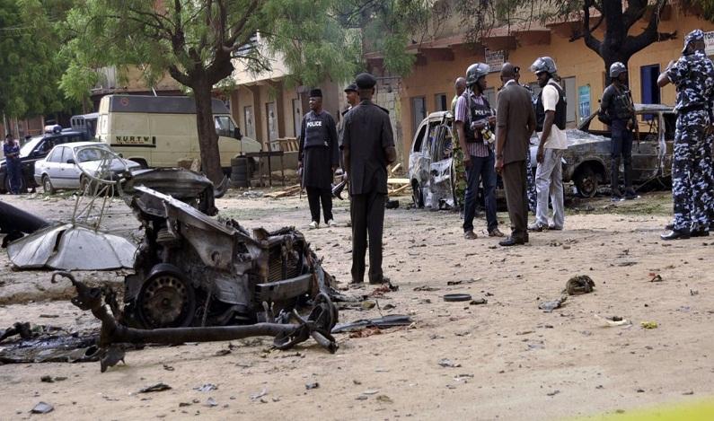 Multidão lincha terrorista que tinha cinturão explosivo na Nigéria