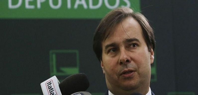 PT decide na terça se apoia Maia ou candidatura da esquerda