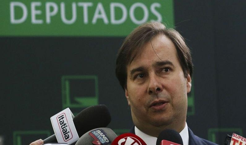 Deputado do PSL entra com mandado de segurança no STF contra candidatura de Maia