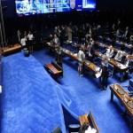 Em sessão solene, Congresso promulga emenda do teto de gastos