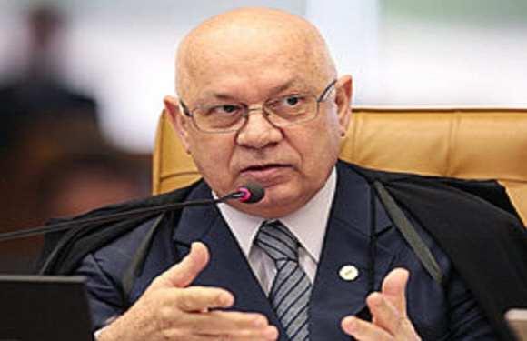 Antes de morrer, Teori manteve inquérito de Dilma no STF