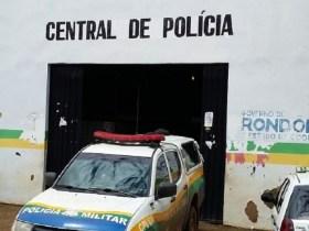 Manicure é presa por bater na filha de 17 anos com cabo de vassoura em Porto Velho (RO)