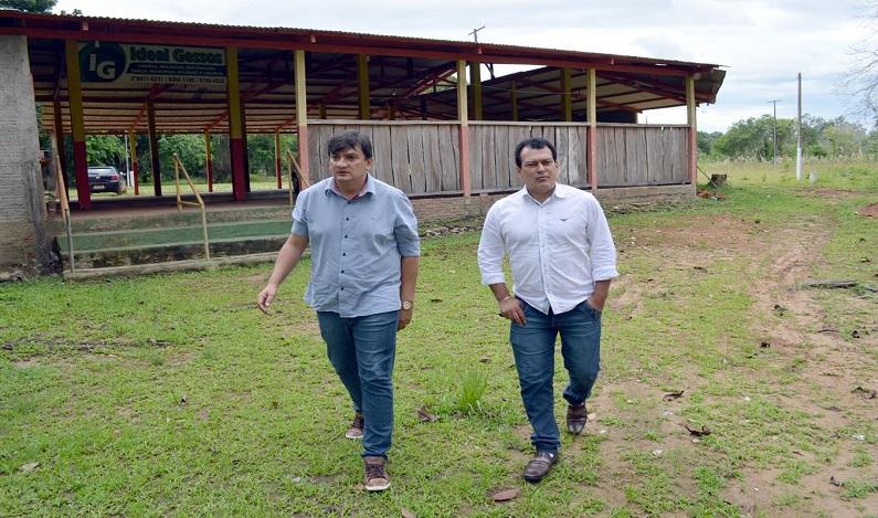 Cleiton Roque visita associação de servidores públicos em Pimenta  Bueno