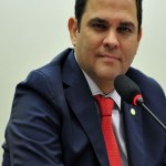 PMDB tem disputa interna por vice-presidência da Câmara