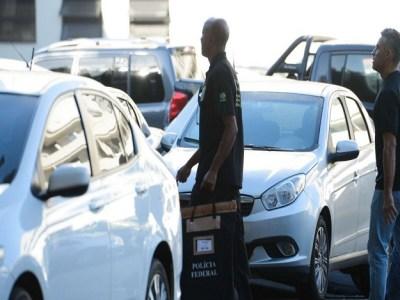 Operação da Polícia Federal fecha jornal e rádios em SP