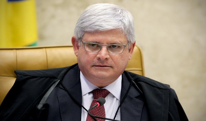 Janot é contra interrupção da reforma da Previdência no Congresso