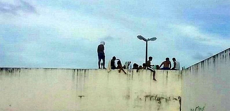 """Polícia controlará Alcaçuz e fará """"paredão humano"""""""