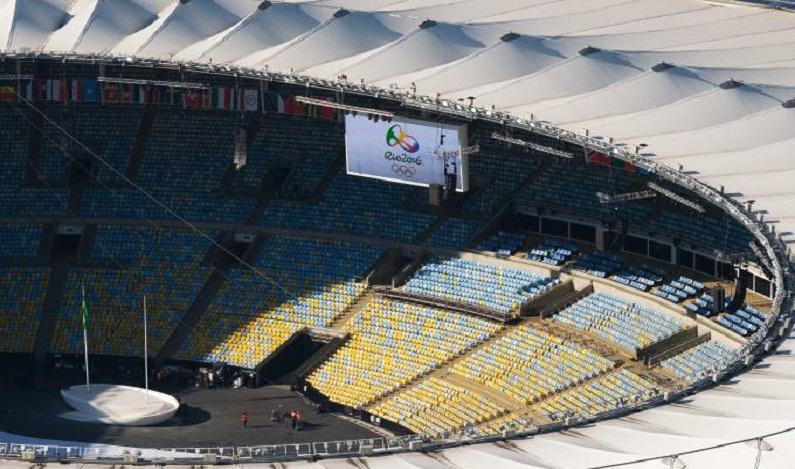 Abandonado e sem energia, o estádio do Maracanã é saqueado
