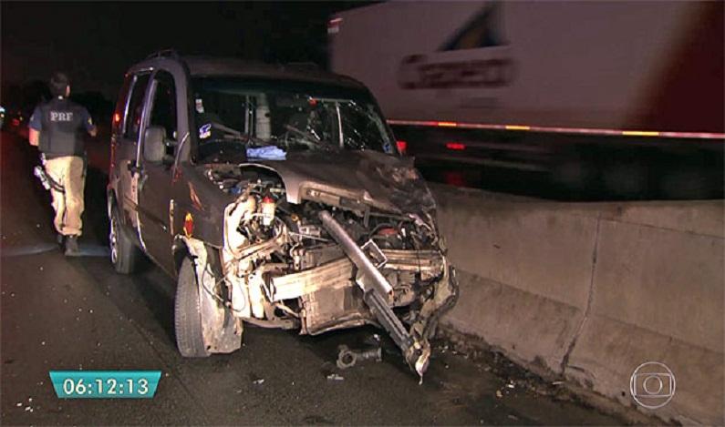 Ao empurrar carro em rodovia, duas mulheres morrem atropeladas em SP