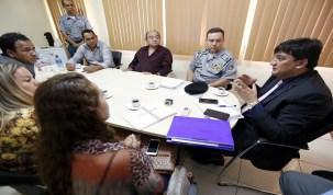 Prefeito e vereadores de Candeias pedem mais segurança em reunião com Cleiton Roque