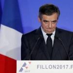 Candidato da direita francesa se desculpa por empregar parentes