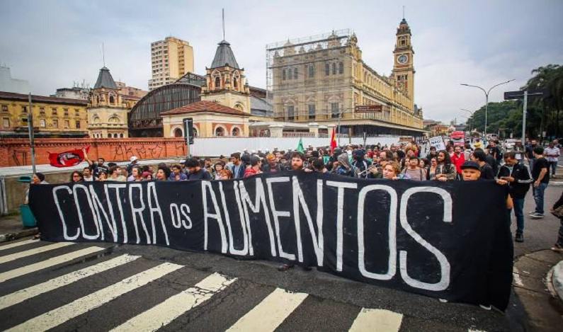 Em Brasília, Alckmin sofre nova derrota em reajuste de passagens