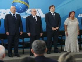 Temer dá posse a quatro ministros no Palácio do Planalto