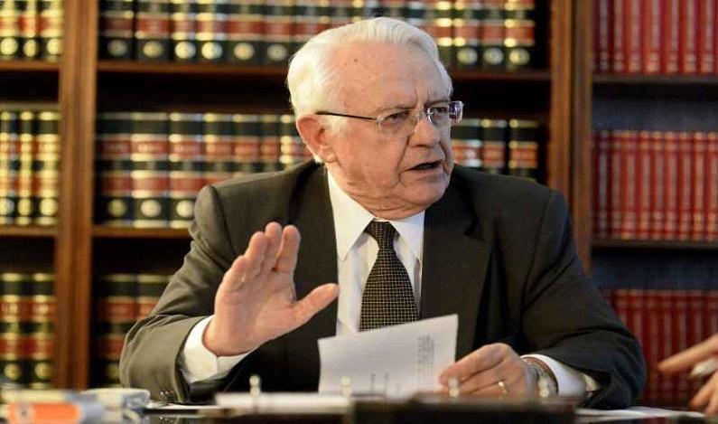 Cotado para Ministério da Justiça, Carlos Velloso se reúne com Temer