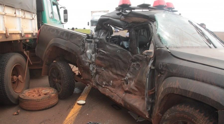 Dois policiais civis morrem e 2 ficam feridos em acidente com viatura