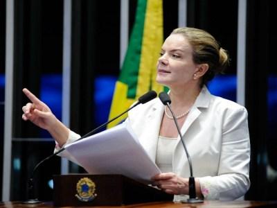 Gleisi diz que PT não participará de eleição indireta de sucessor de Temer