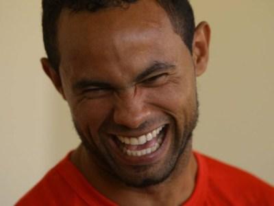 Goleiro Bruno ficará em cela individual de presídio em Minas Gerais