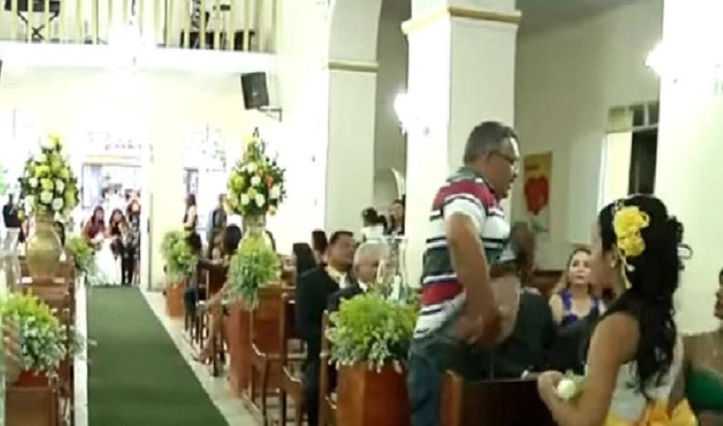 Homem invade casamento e atira em convidados em Alagoas; veja vídeo