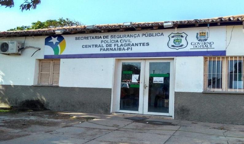 Homem tem dedo decepado ao tentar estuprar jovem com transtorno mental, no Piauí