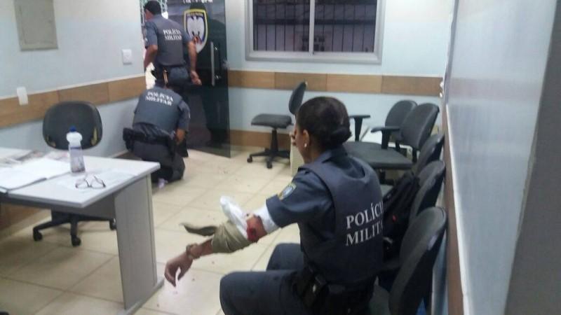 Três PMs são baleados em dois bairros do Espírito Santo