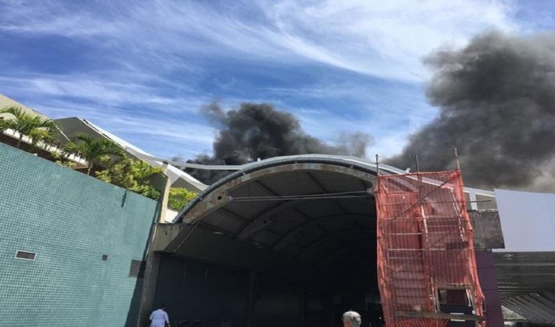 Aeroporto de Salvador é atingido por princípio de incêndio; vídeo