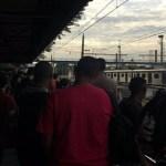 Jovem é baleado dentro de trem no Rio