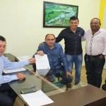 Deputado Edson Martins libera emenda para recuperação de estradas em Nova Dimensão e Jacinópolis