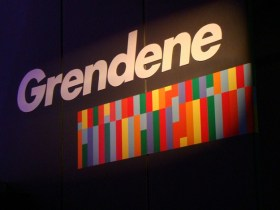Grendene é multada em R$ 3 milhões por publicidade infantil abusiva