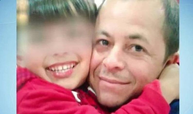 Para impedir assalto, criança oferece cofrinho de moedas, mas pai acaba morto