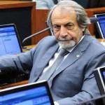 Emenda à reforma da Previdência garante aposentadoria de atuais parlamentares