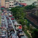 Protestos bloqueiam vias de SP nas primeiras horas da manhã