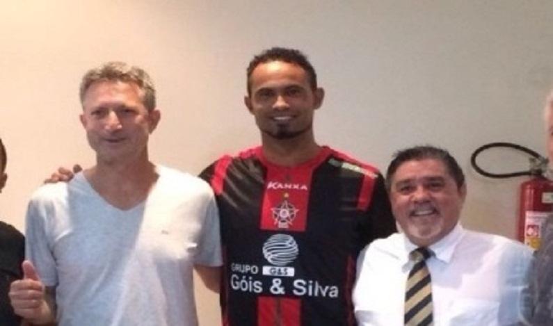 Patrocinador máster do Boa Esporte exige saída do goleiro Bruno