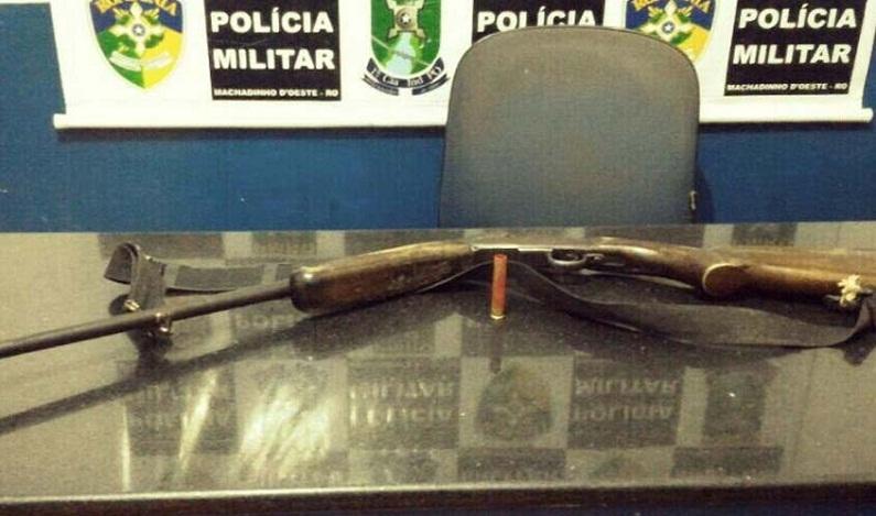 Criança pega espingarda do pai e mata irmã de 6 anos, em Rondônia