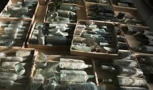 Garrafas de bebida da I Guerra são encontradas por arqueólogos