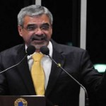 STF prorroga inquérito que apura repasse a líder petista
